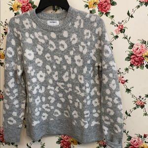 Old navy animal print sweater